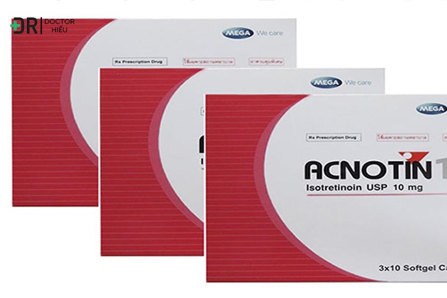 Dùng sản phẩm có thành phần acnotin hoặc retinoin.