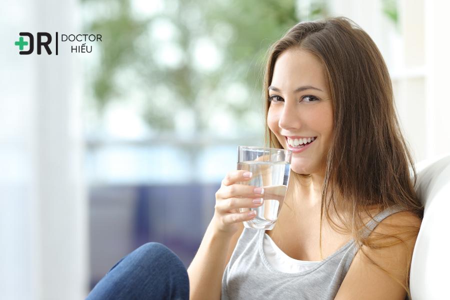 Uống đủ nước , bí quyết làm đẹp