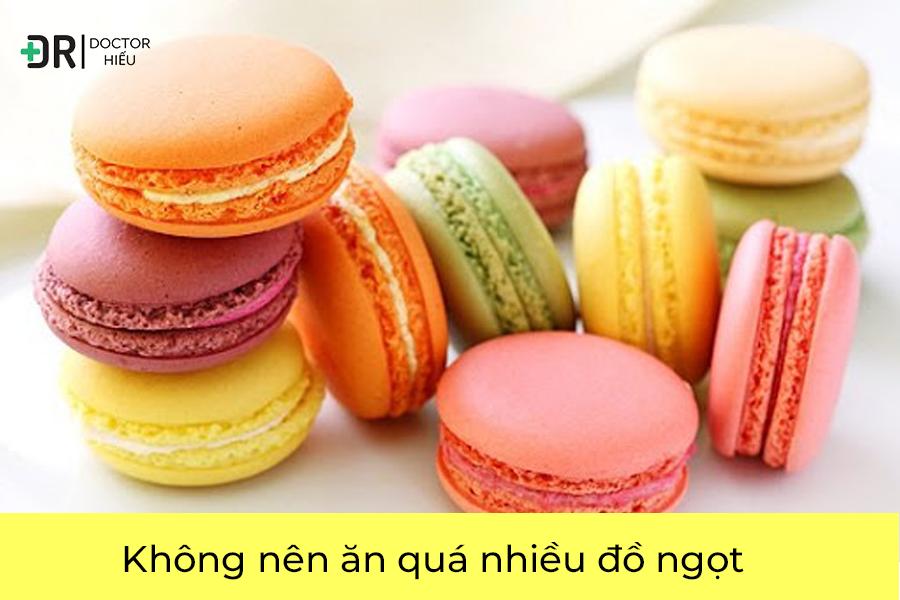 Không nên ăn quá nhiều đồ ngọt